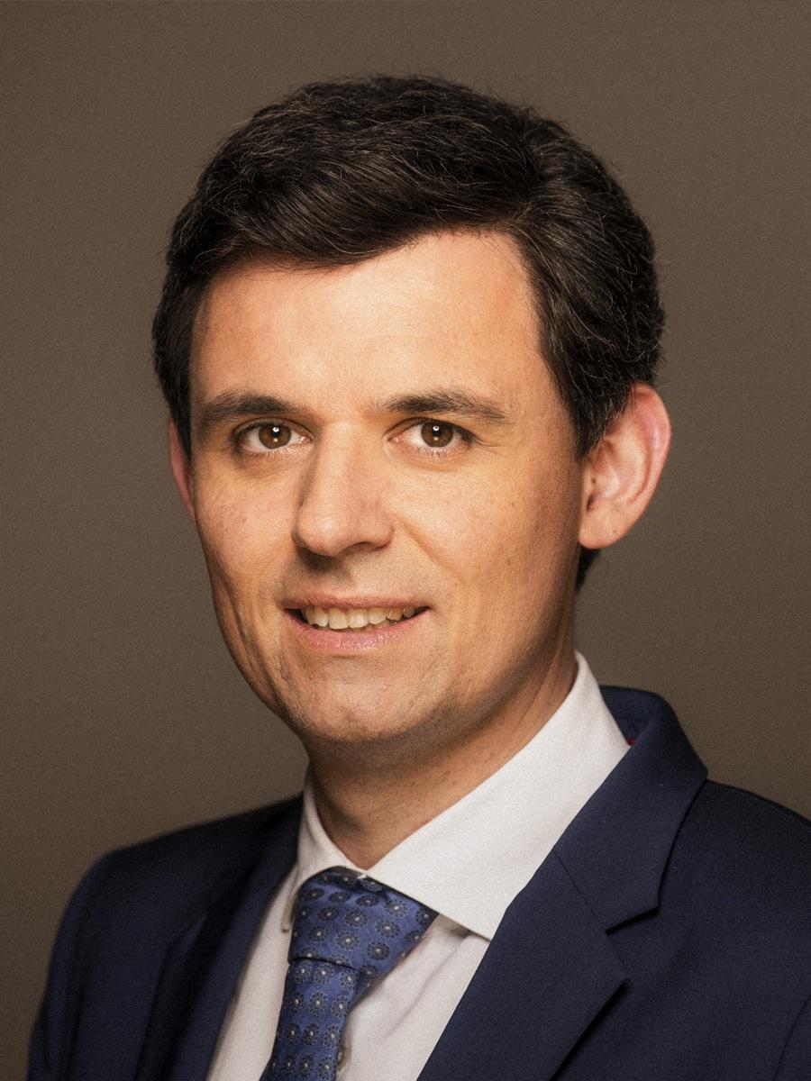 Dr. Stefan Brandt